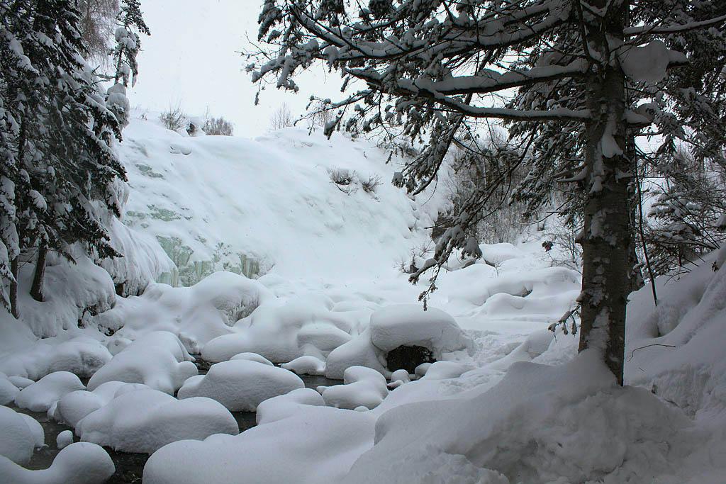 Зимний водопад в Пещерке