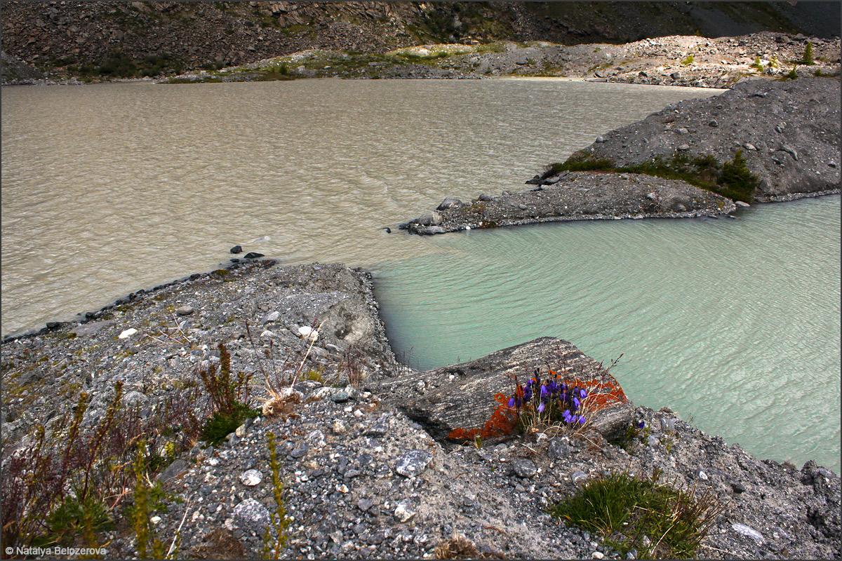 Моернные озера в долине Аккола