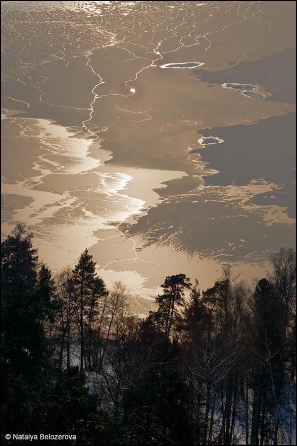Лед на Телецком озере