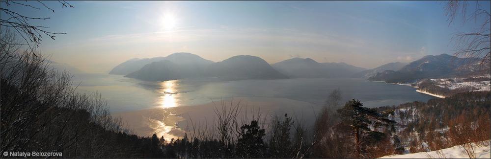 Озеро Телецкое с обзорной горы в Яйлю