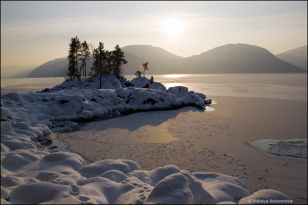 Озеро Телецкое близ мыса Чичелган