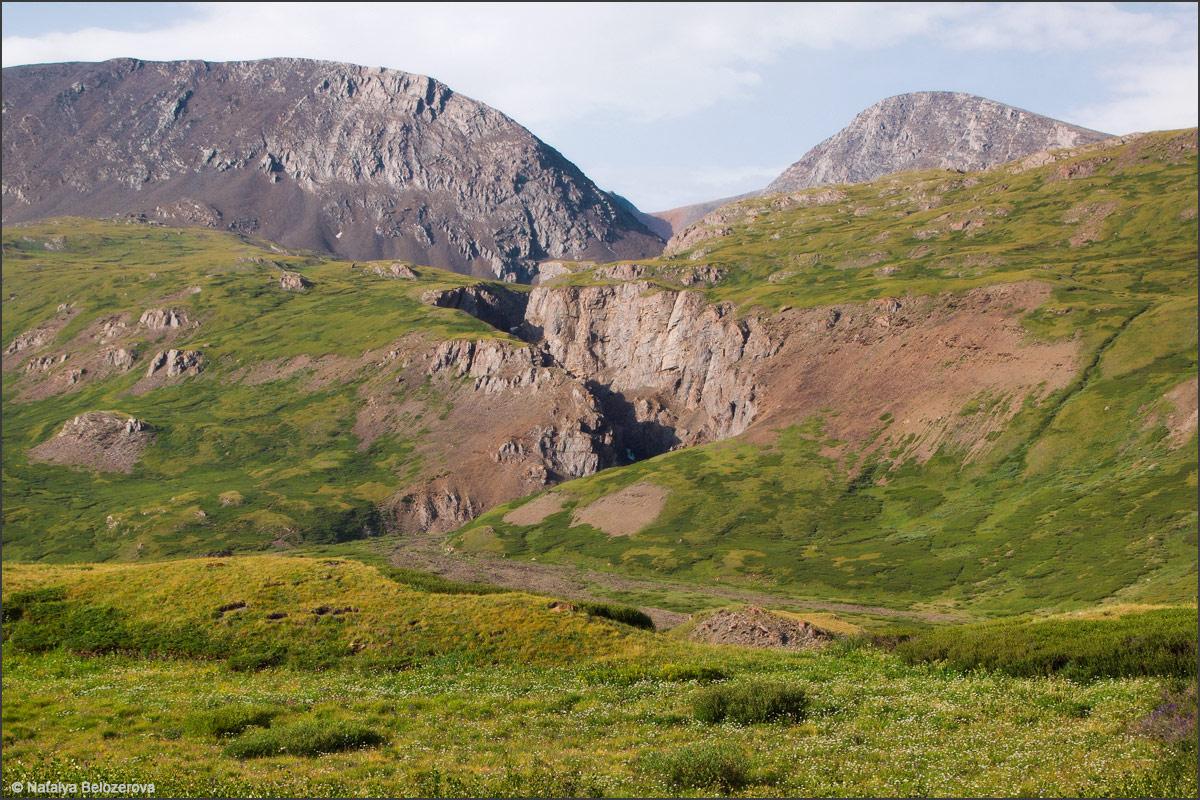 Каньон ручья Тура-оюк с Купола