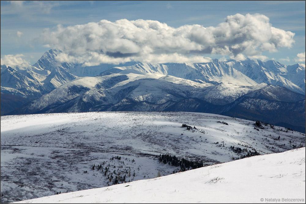 Катунский хребет близ вершины Кызыл-кую
