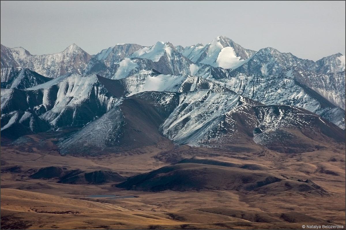 Хребет Чихачева с вершины Талдуайр