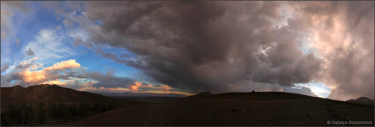 Закат над Чуйской степью. Долина Тыдтуярык