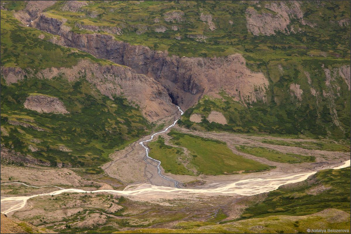 Слияние Тура-оюк и Джело с перевала Эренбурга