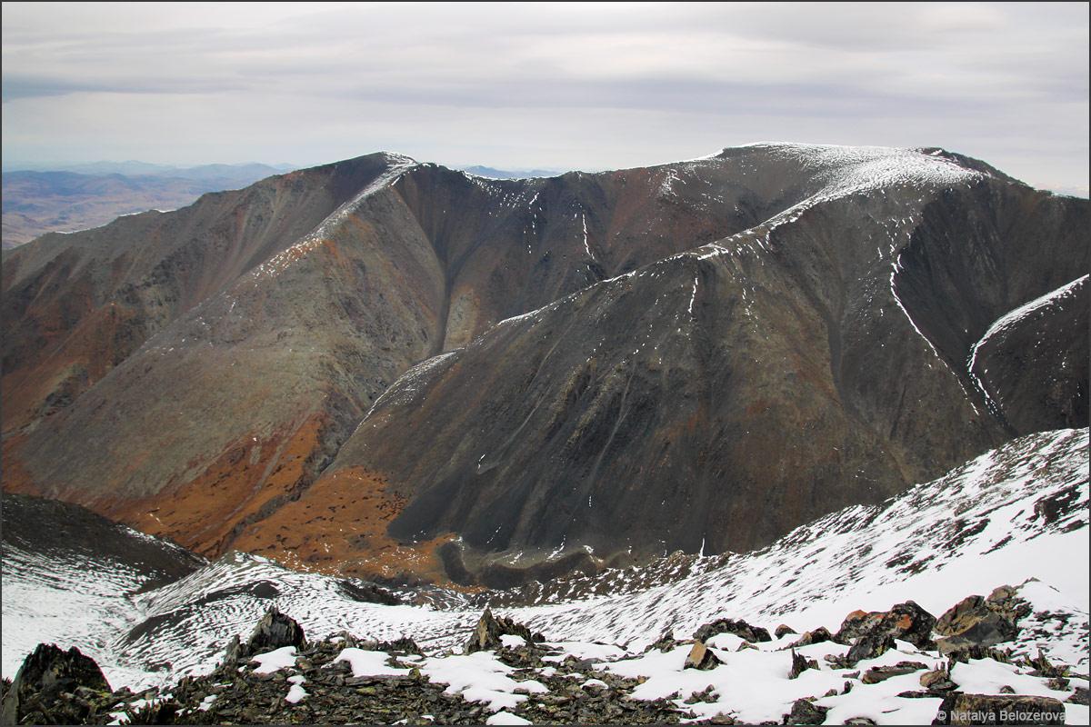 Гора Сайлюгем на спуске с Талдуайр
