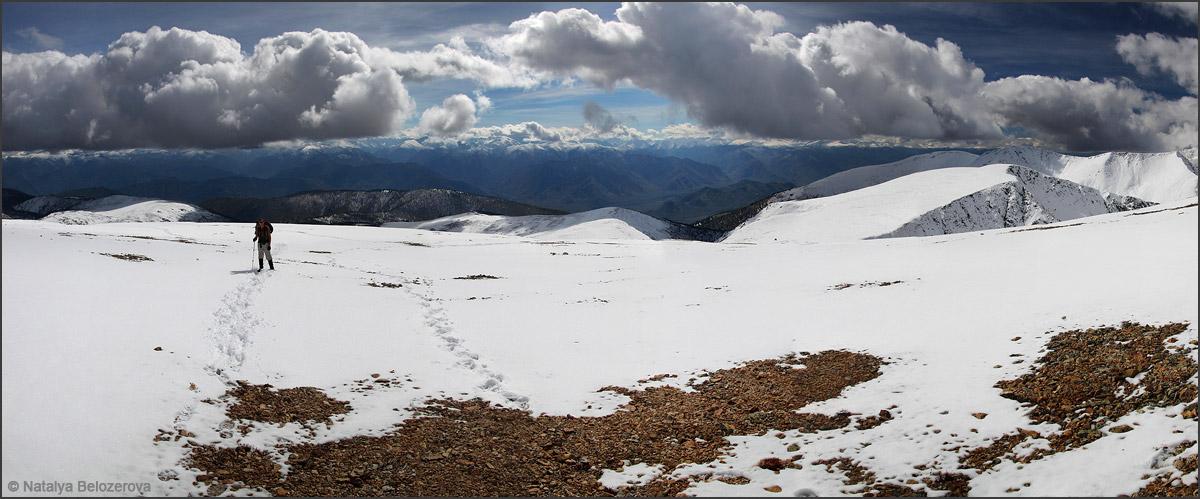 Гребень близ вершины Кызыл-кую